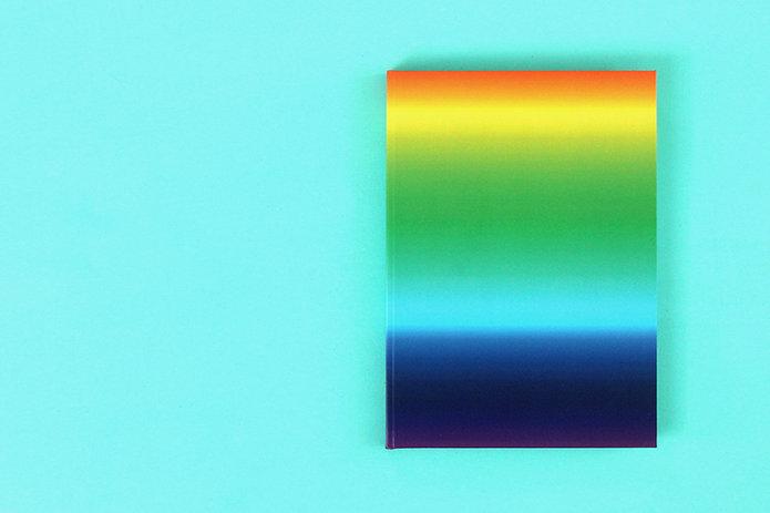 hinter_dem_regenbogen_00.jpg