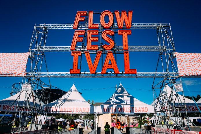 slanted_flowfestival_02.jpg