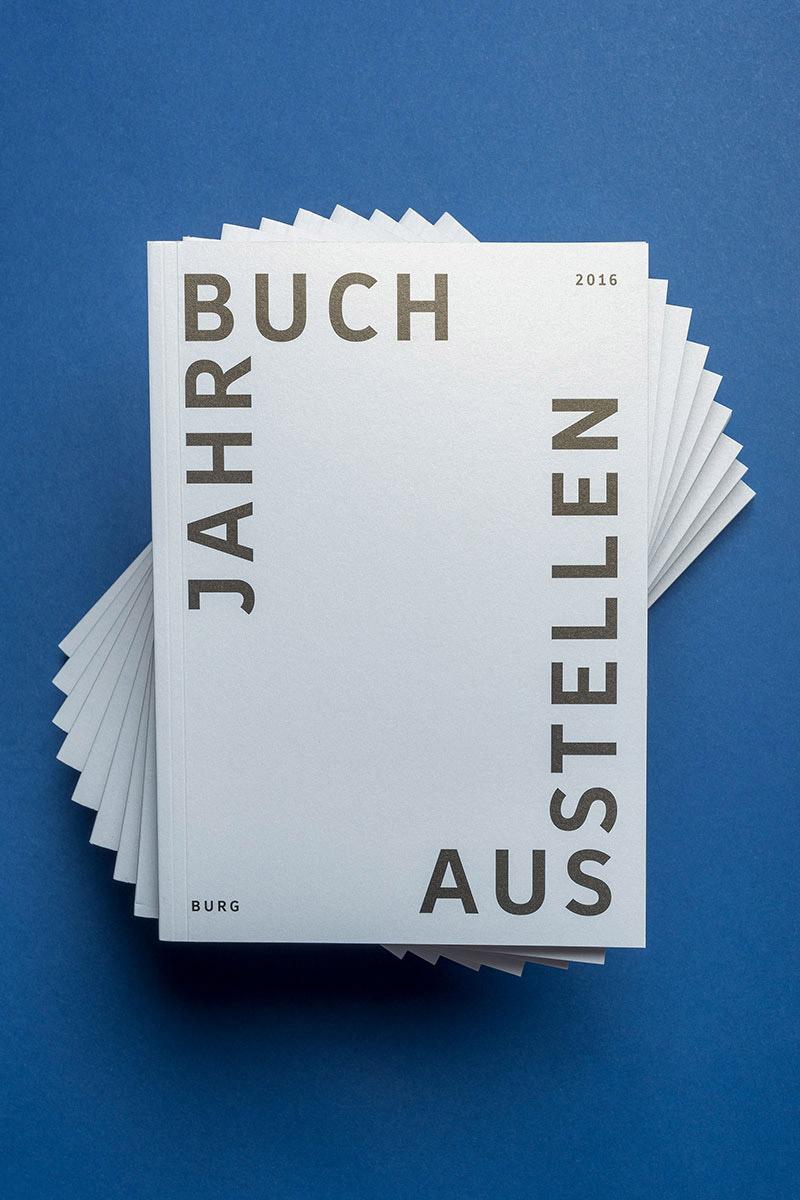 slanted-jahrbuch-burg-2016_010.jpg
