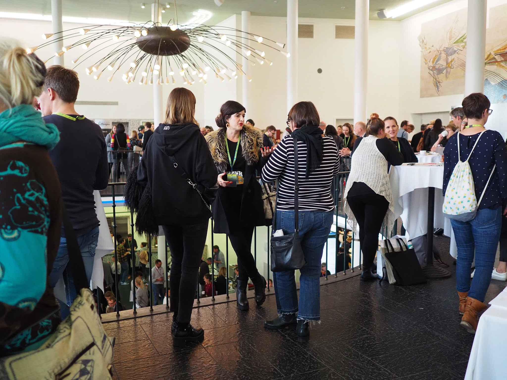 slanted-Creative-Paper-Conference-2018_48