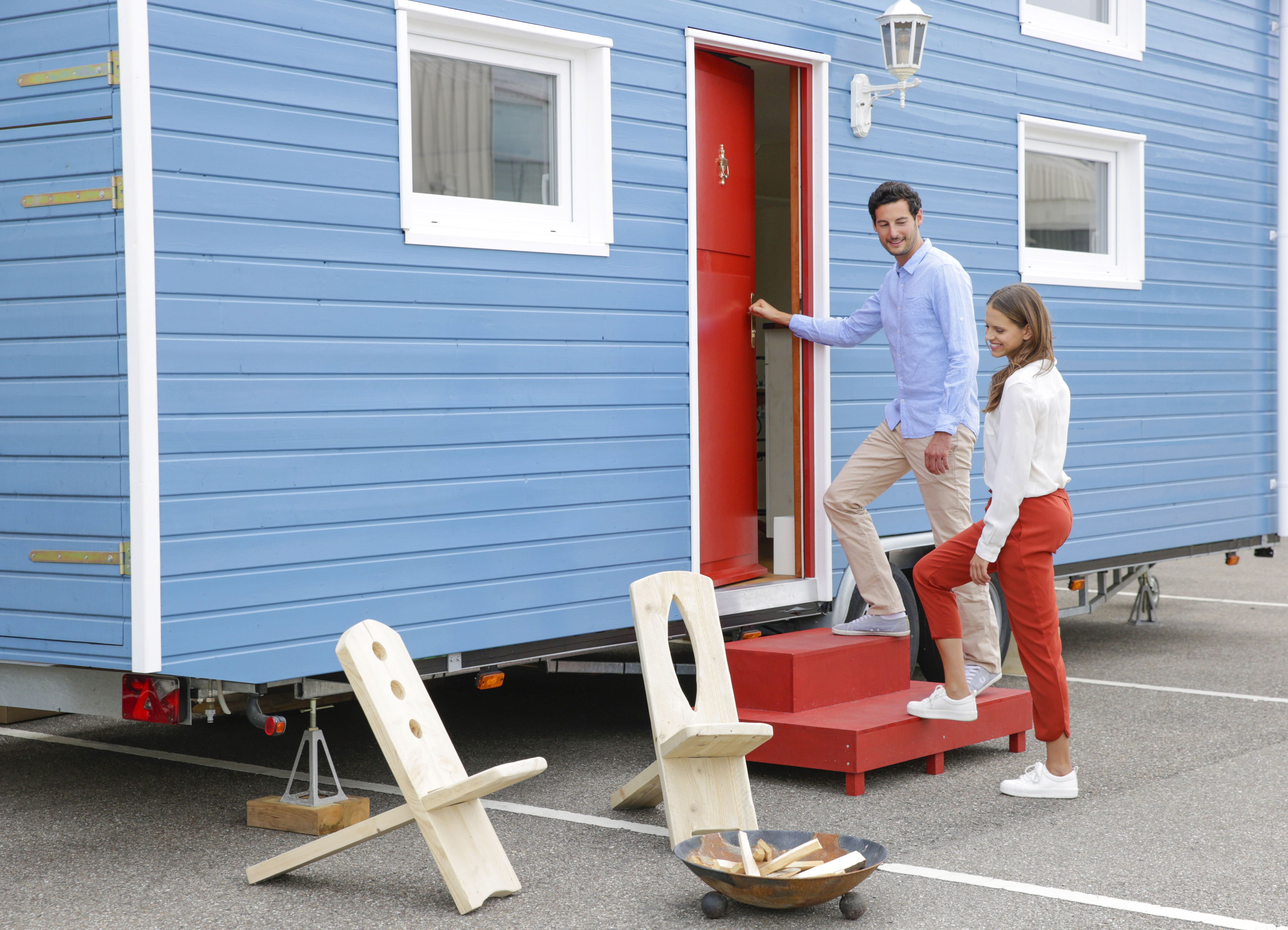 new-housing-paar-geht-in-tinyhouse