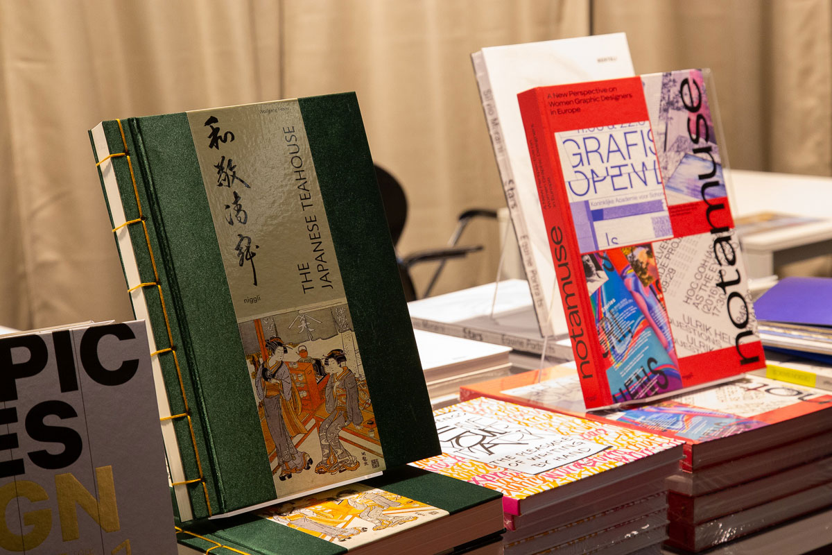 slanted-book-fair-blog-_46