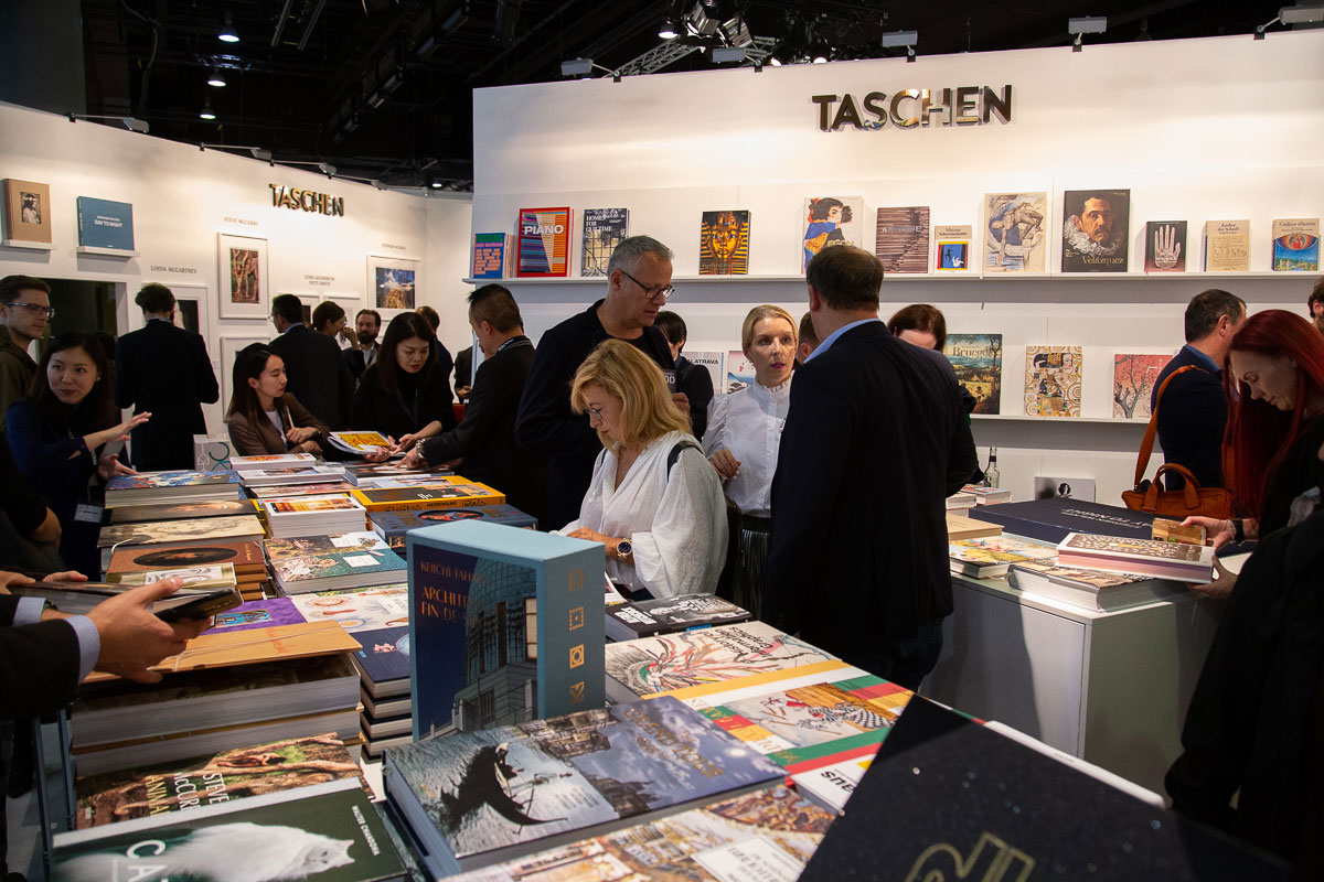 slanted-book-fair-blog-_59
