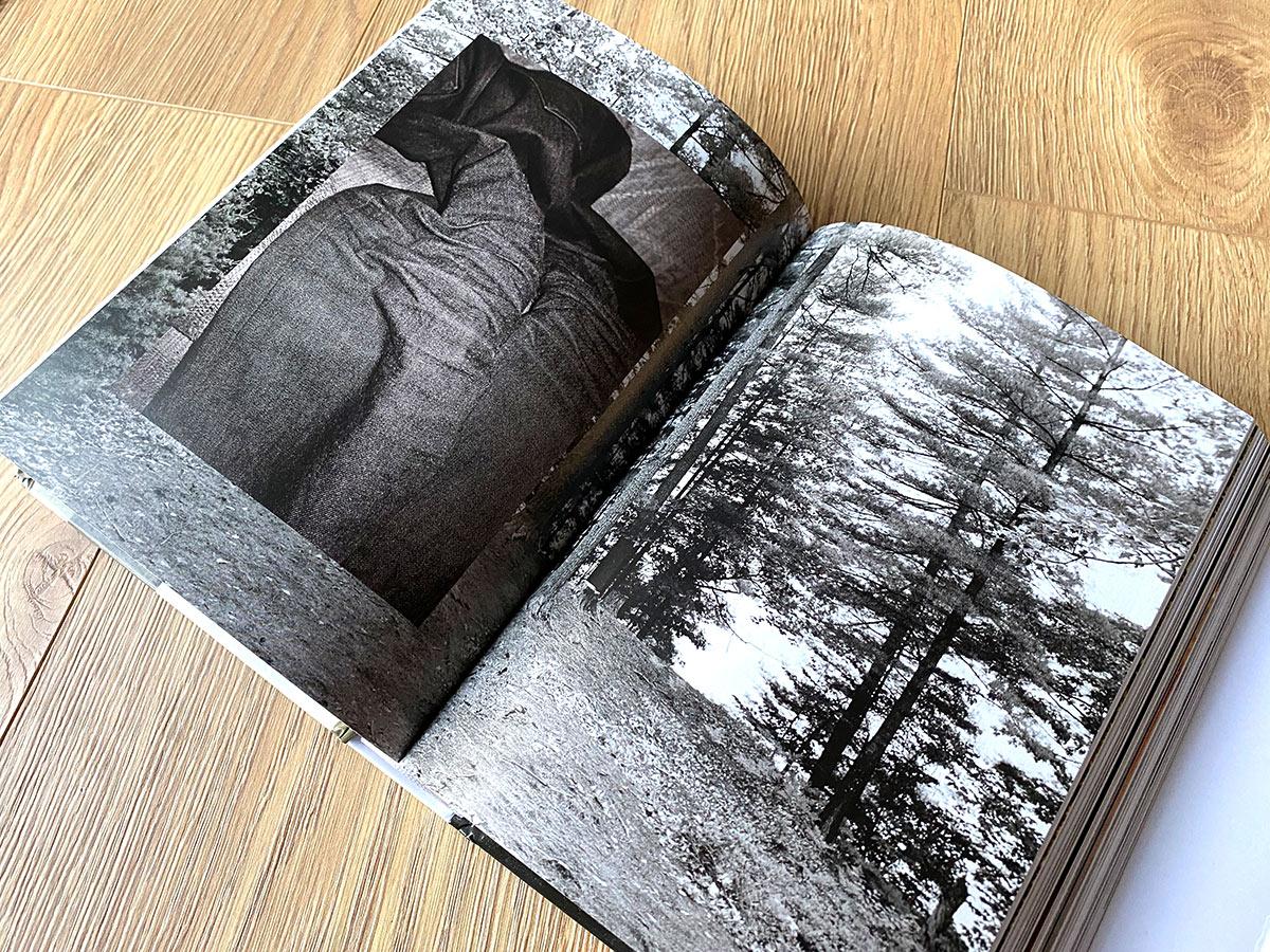 Slanted-Wolfgang-Tillmans-four-books_07